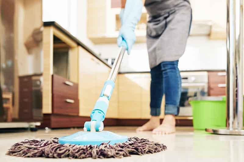 mopping artinya